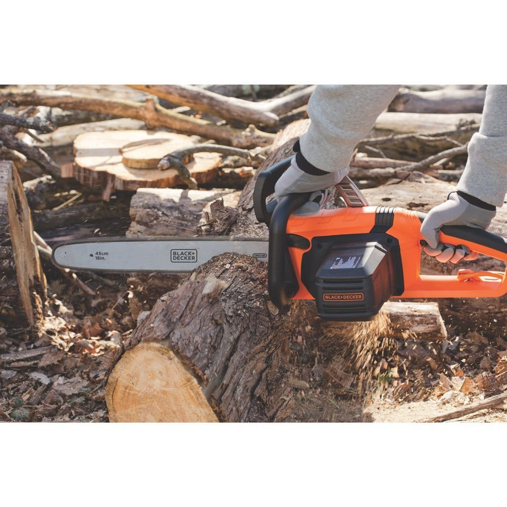 Black & Decker CS1518 15-Amp Corded Chainsaw,