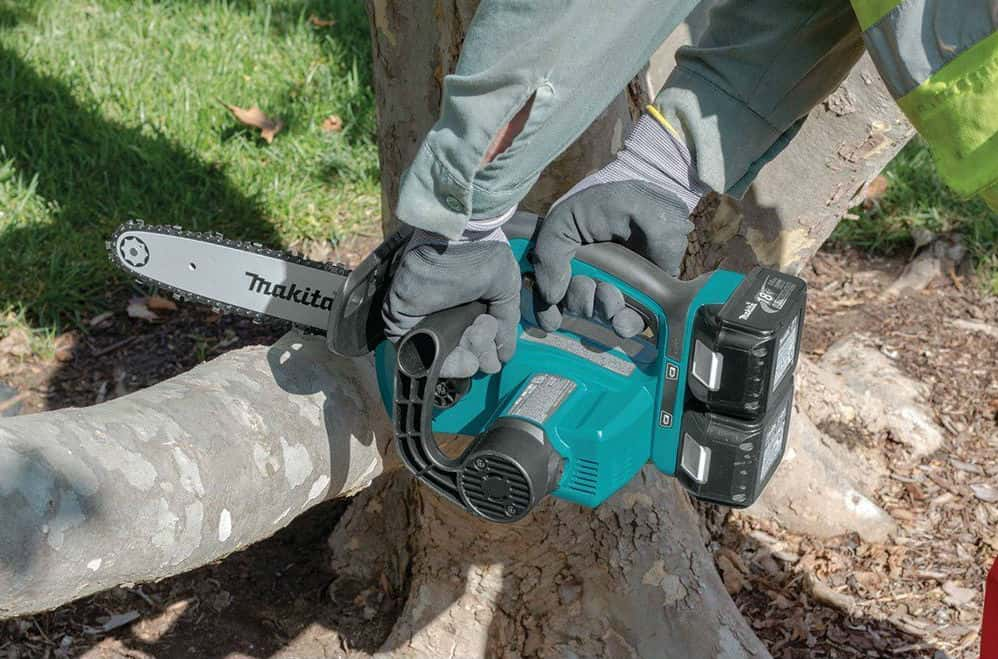 Makita_XCU02Z_18V_X2_LXT_Lithium_Ion_36V_Cordless_Chain_Saw